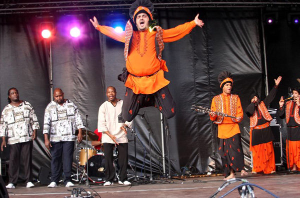 Four by Four Bhangra at Maidstone Mela