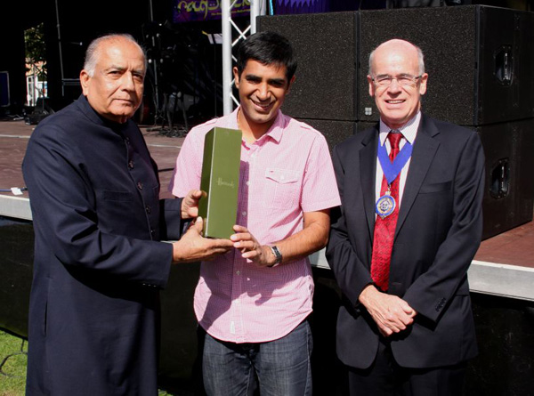 Prince Ali Khan and Deputy Mayor Cllr. Nelson Gracie with Gurvinder Sandher