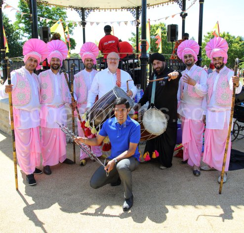 Jeremy Kite and Gurvinder Sandher with Four by Four Bhangra Group